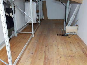 """L'atelier """"Costumes 1720"""" déménage pour travaux de restauration de la toiture ... merci à l'équipe de choc"""