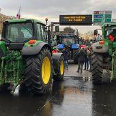 5 heures à bord d'un tracteur: nous étions avec les agriculteurs qui ont manifesté à Paris