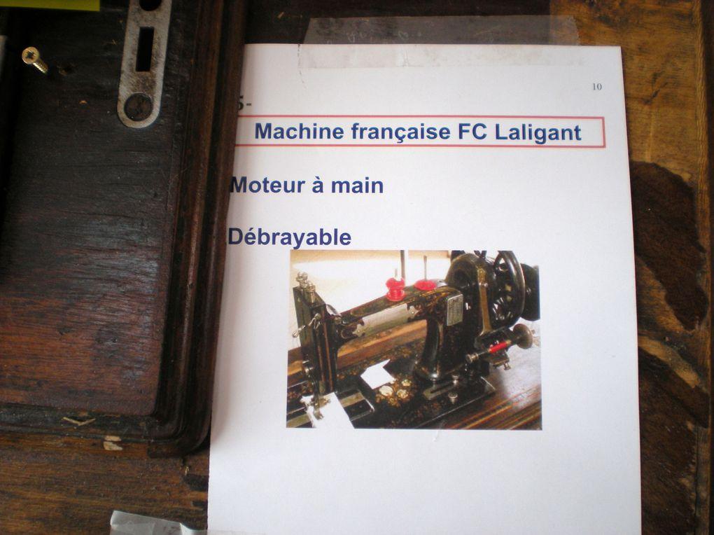 Superbe exposition de machines à coudre anciennes, de dés à coudre et de travaux autour du fil. Nous avons éte superbement accueillies et nos dentelles très appréciées.