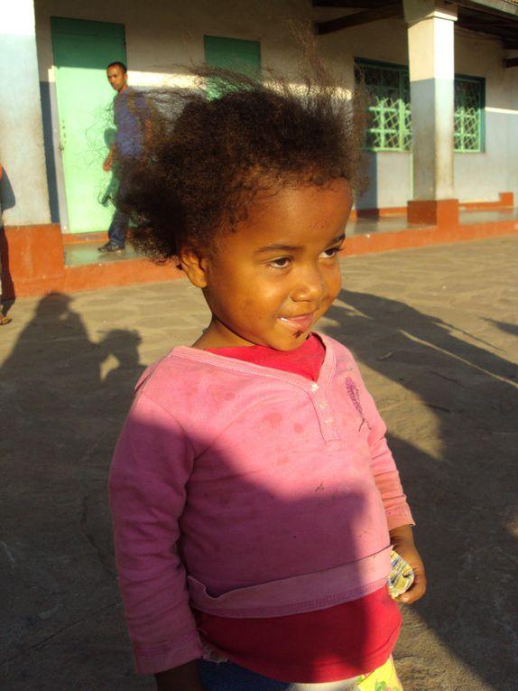Quelques flashs et larges extraits des missions MAD  à MADAGASCAR !