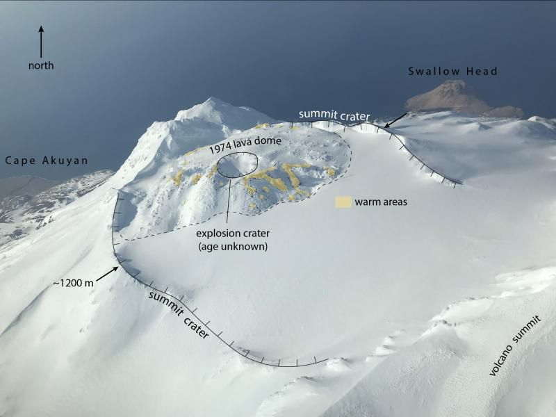 Great Sitkin - morphology of the summit crater - Doc. archives Avo / Waythomas Chris 03.2020 - one click to enlarge