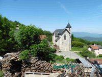 Le village d'Ontex avec son église et son four à pain.