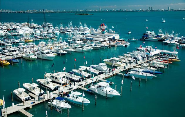 MarineMax dealerships receive annual Grady-White Awards