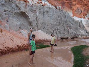 Les dunes et les requins de Mui Né