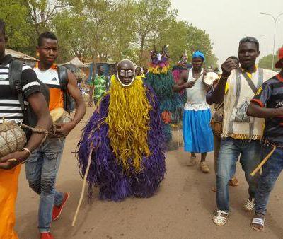 Burkina Faso: défilé de masques en ouverture de la Semaine nationale de la Culture