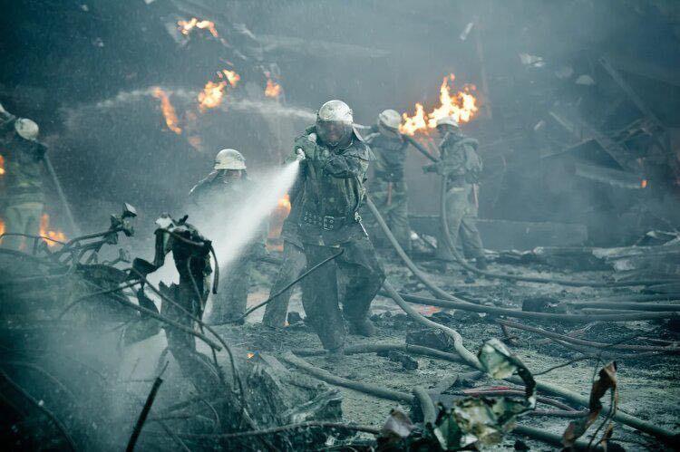 Chernobyl : Under Fire (BANDE-ANNONCE) de et avec Danila Kozlovsky - En VOD le 30 juin 2021 et le 7 juillet en Blu-Ray et DVD