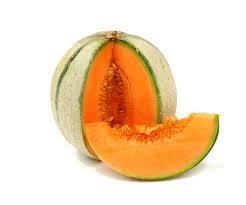 Fêtons encore l'été/ Salade melon & pastèque (recette pour 4 personnes) + Penser à récupérer les graines, à les débarrasser de la chair et à bien les laisser sécher (les oiseaux adorent et ce n'est pas un luxe!!)
