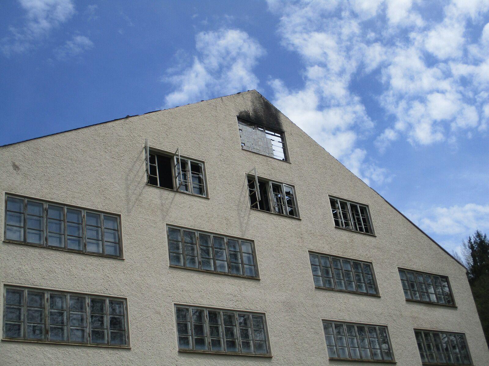 3 Monate nach dem Großbrand bei  der Glasschmelzhafen-Fabrik Fastner & Co in Arzberg/Elisenferls