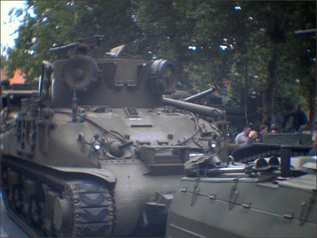 Défilé de véhicules WW2