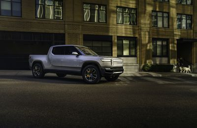 Amazon investit 700 millions dans la start-up Rivian!