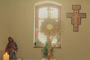 Adoration à l'église mardi 6 avril 2021