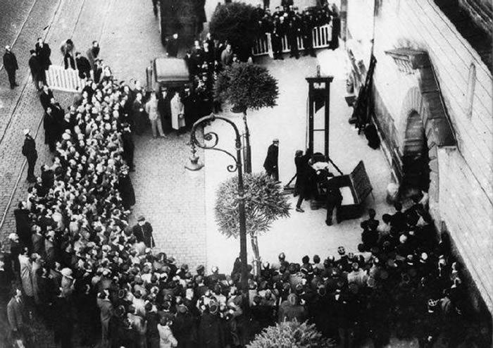 Exécution publique d'Eugène Weidmann. D.R.