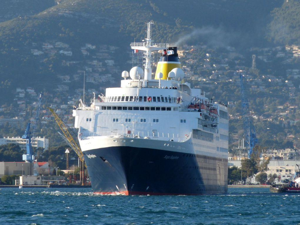 SAGA SAPPHIRE , appareillant du port de Toulon le 06 mars 2018
