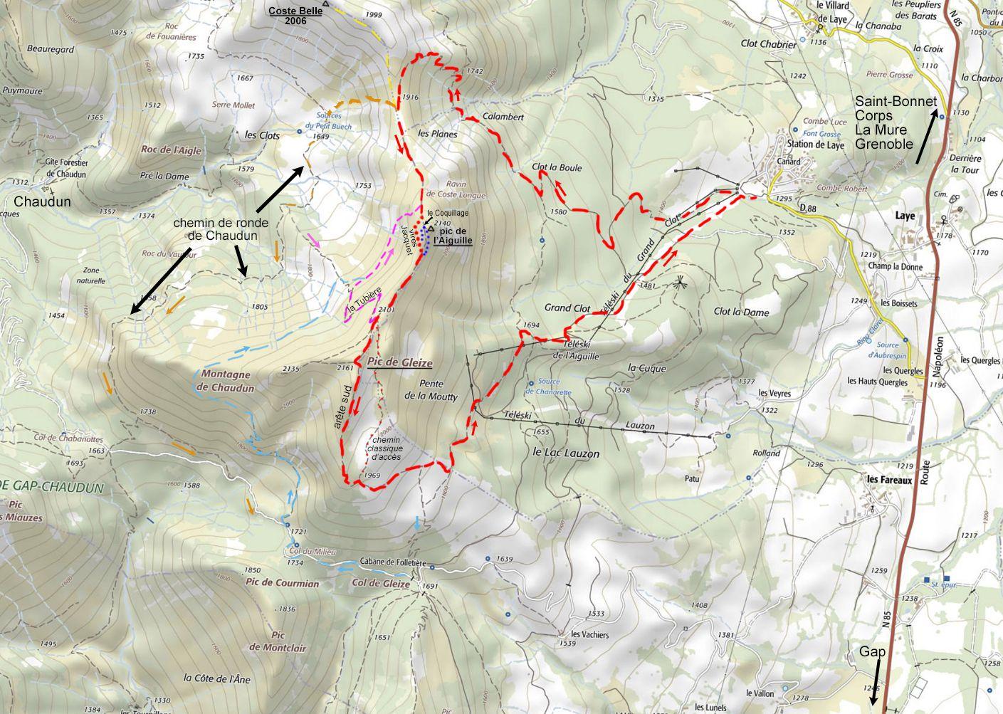 Le circuit décrit est en rouge. En jaune, l'aller-retour au sommet de Coste-Belle. En rose, le sentier de la Tubière et la jonction avec le Coquillage. En orange, le retour évitant les difficultés de l'arête par le sentier de Ronde de Chaudun. En bleu, le sentier oublié de la montagne de Chaudun et la jonction avec la Tubière.