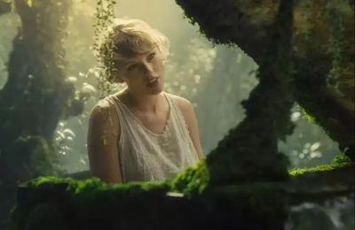 Vidéo Du Jour : Cardigan Taylor Swift