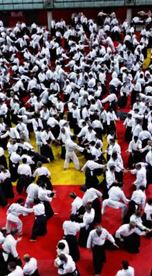 2 000 pratiquants sur un tatami
