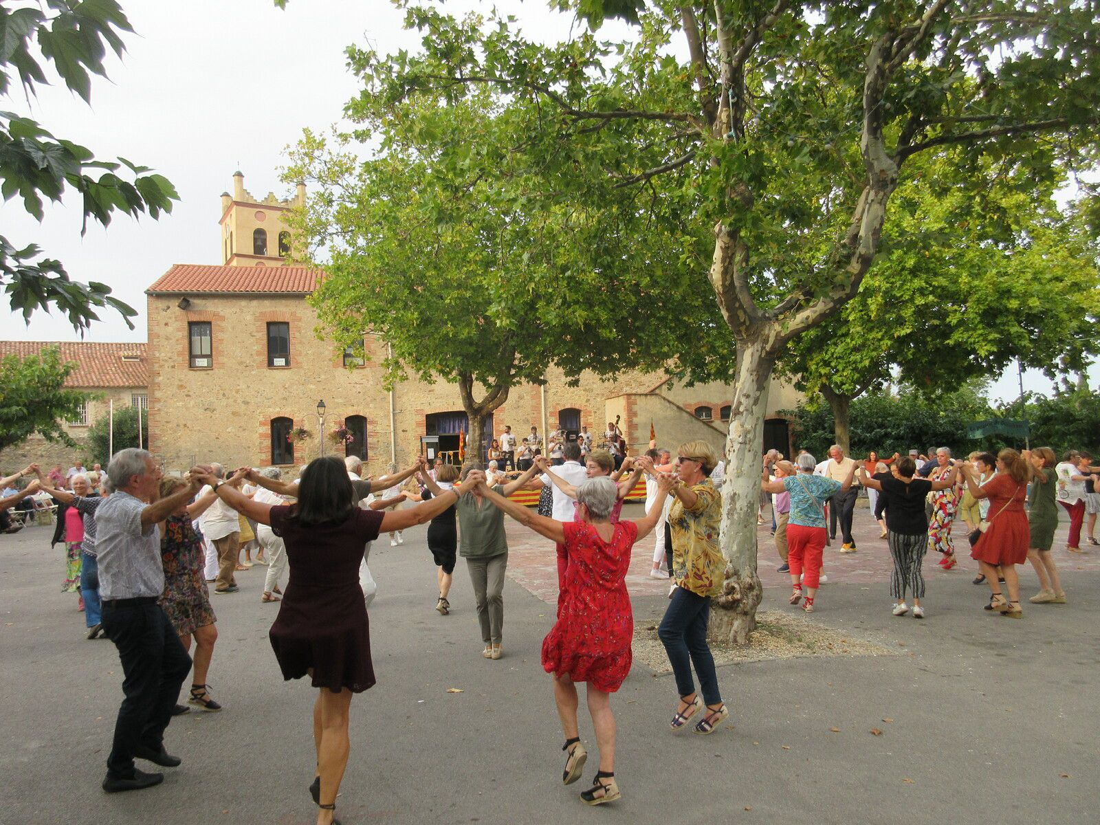 Ballada à St Genis, hier, dimanche