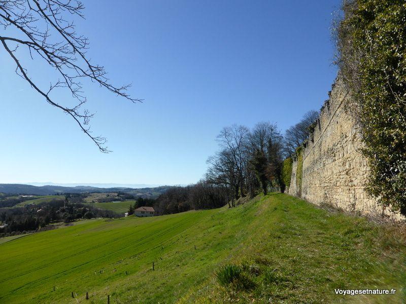 Autour du village de Montchenu (26)