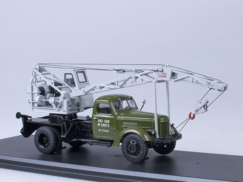 Des camions-grue au 1/43 (Start Scale Models, IST Models, Premium Classixxs)