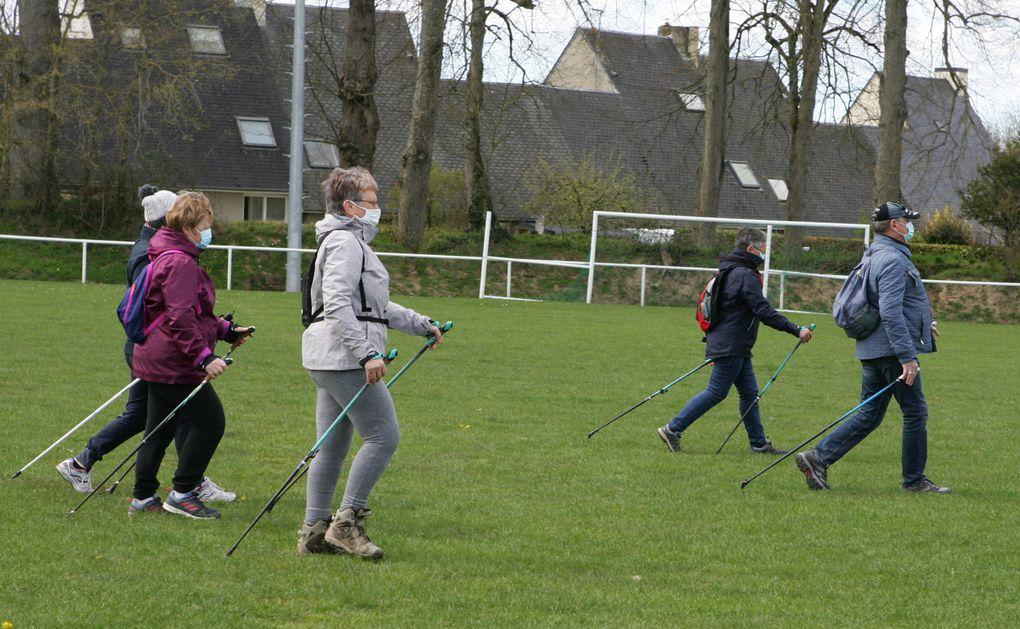 La marche nordique : une pratique bonne pour la santé !