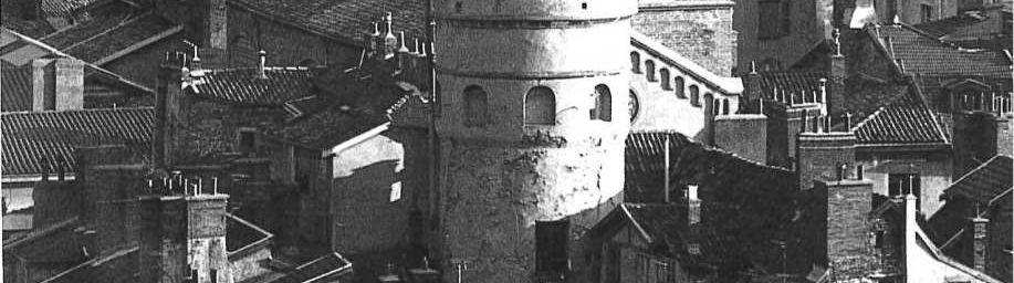 Quartiers anciens de Grenoble : Rue Chenoise et Rue Brocherie