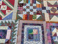 les morceaux de patchwork sur lesquels mon groupe du lundi travaille (sampler de quiltmania)
