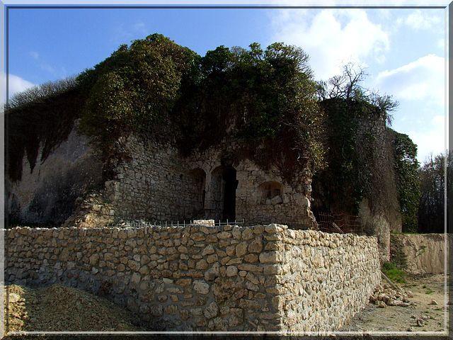 Diaporama château de FONT MOREAU à Plou
