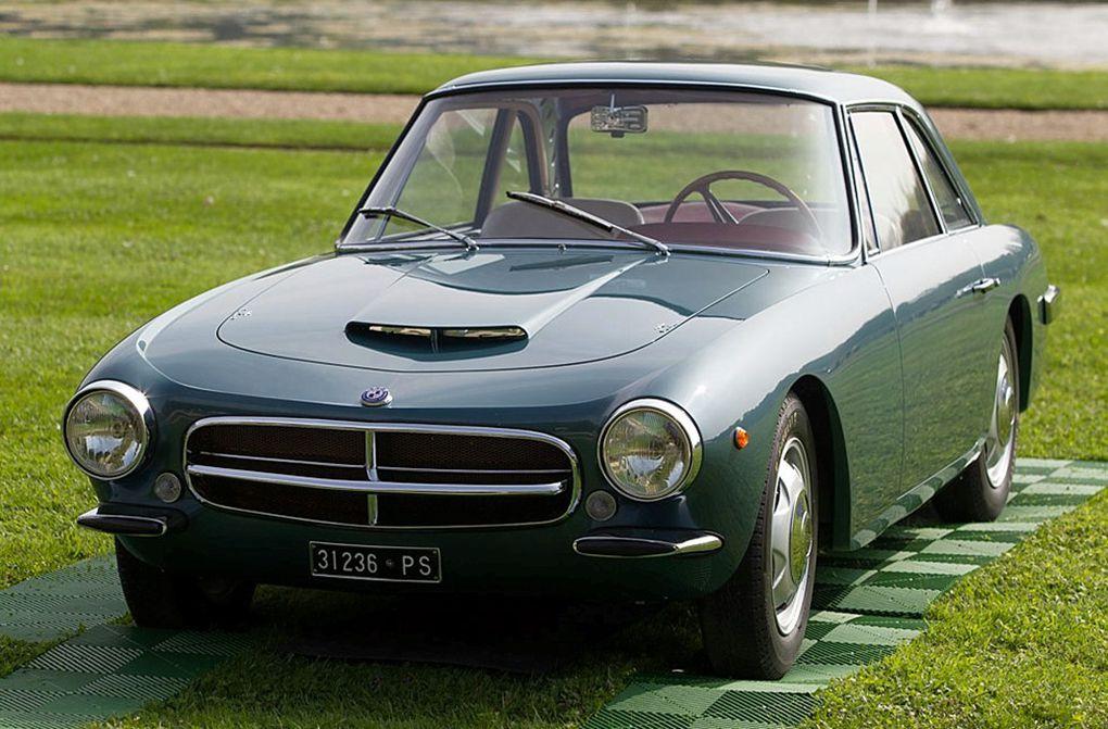 VOITURES DE LEGENDE (519) : OSCA  1600 GT  TOURING COUPE - 1961