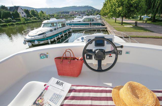 Croisière fluviale sur le Canal du midi : projet de vacances en famille !