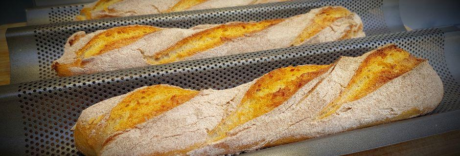 Baguettes farinées à la farine de sarrasin