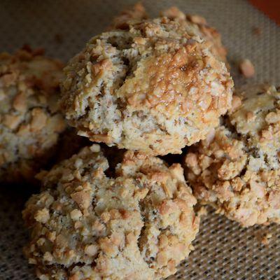 Mchewek (Biscuits Algérois à la Cacahuète)
