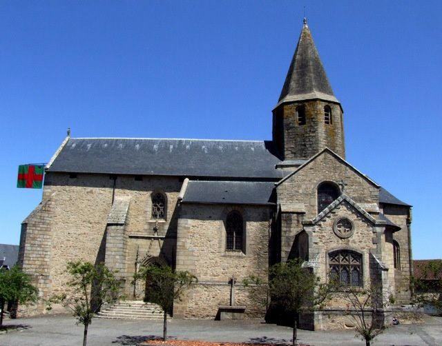 Diaporama église fortifiée de Nexon