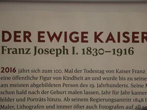 """Extraits de l'exposition """"der Ewige Kaiser"""" à la Bibliothèque Nationale d'Autriche."""