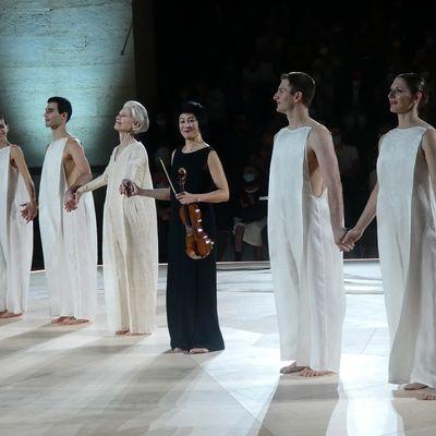 Bach 6 Solo (Robert Wilson – Lucinda Childs – Jennifer Koh) Salpêtrière