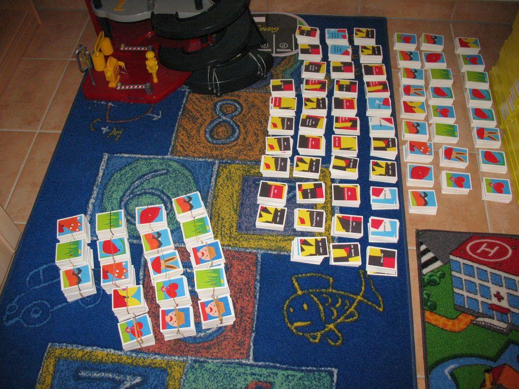 Album - Expo avril 2012 - Livres, jeux, puzzles, aimants, marque-pages
