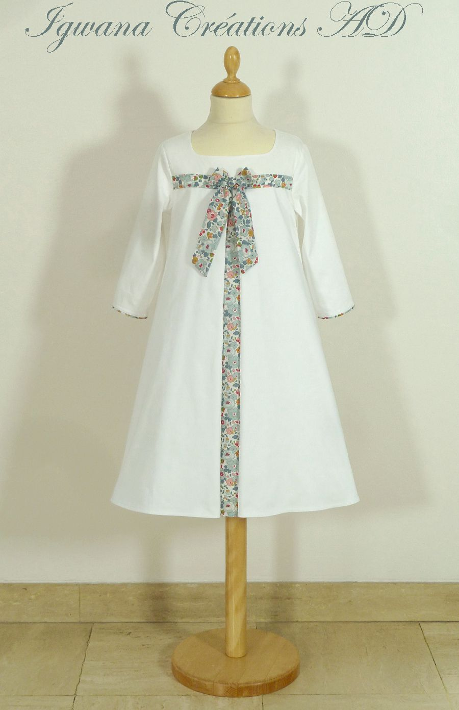 robe de communion Suzanne
