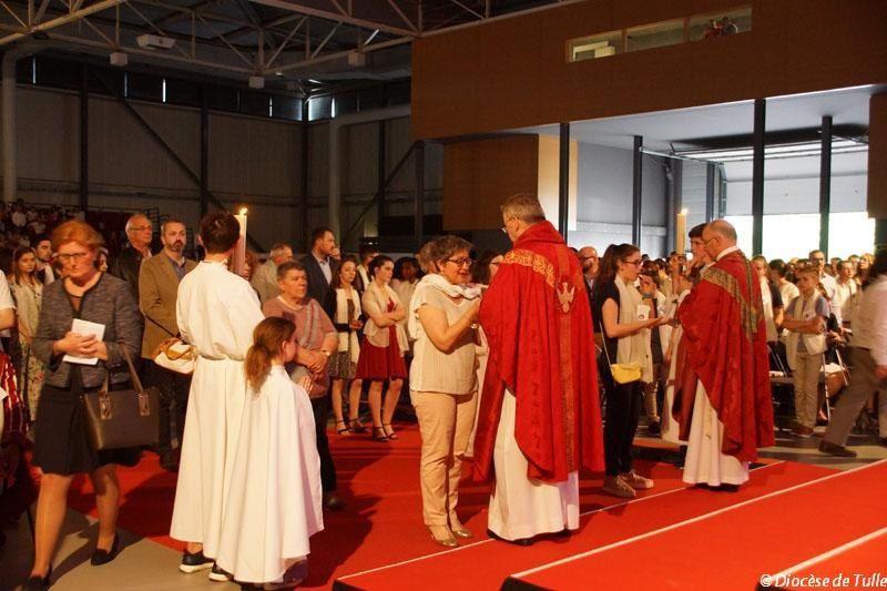 https://www.correze.catholique.fr/albums-photo/pentecote-2018