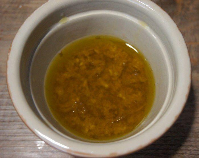 Sauce vinaigrette au gingembre cru