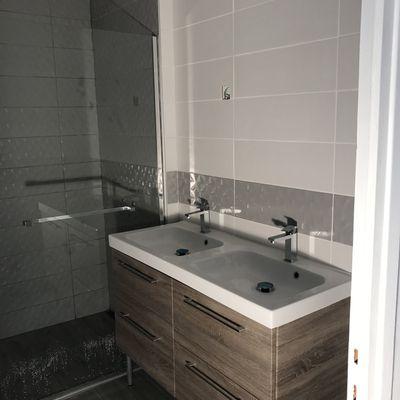 Mise en état d'une salle de bain