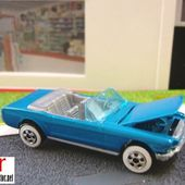 65 MUSTANG CONVERTIBLE HOT WHEELS 1/64 - FORD MUSTANG CABRIOLET 1965 - car-collector.net
