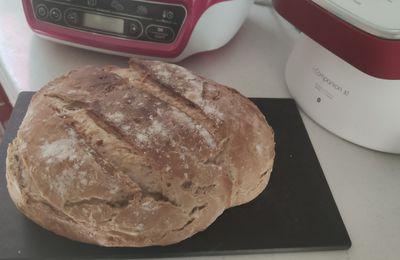 Mon pain au mélange de graines sans gluten au Cake Factory.