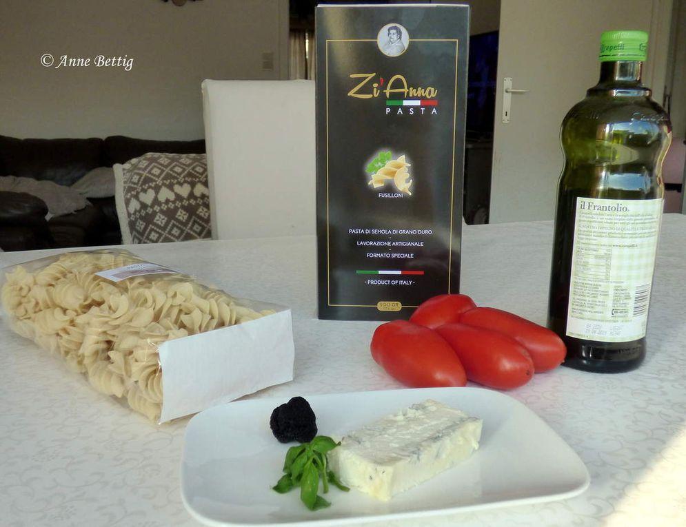 Fusilloni Zi'Anna, sauce tomates, gorgonzola, truffe