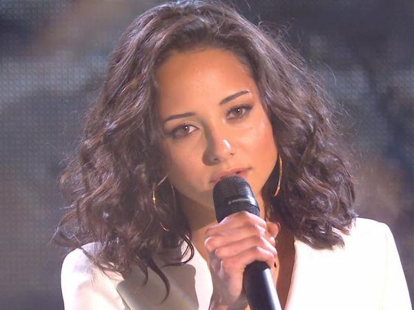 """marghe, une jeune chanteuse poitevine qui remporte l'émission """"the Voice"""" pour l'édition 2021 et nous enthousiasme avec sa chanson """"Forget everything"""""""