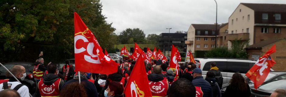 Plan sociaux en cascade : la CGT dit stop à la famille MULLIEZ !