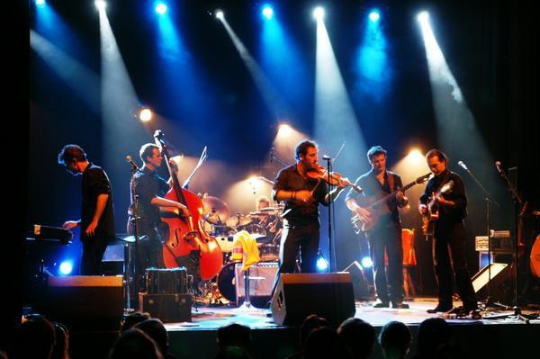 Automnales 2007 Jazz-rock-swing manouche Organisé en partenariat avec le Conseil Général du Puy de Dôme www.poumtchack.com