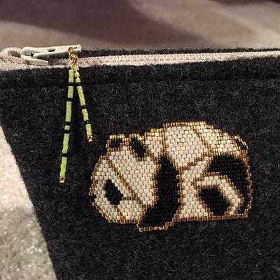 Naissance de jumeaux, panda en brick stitch