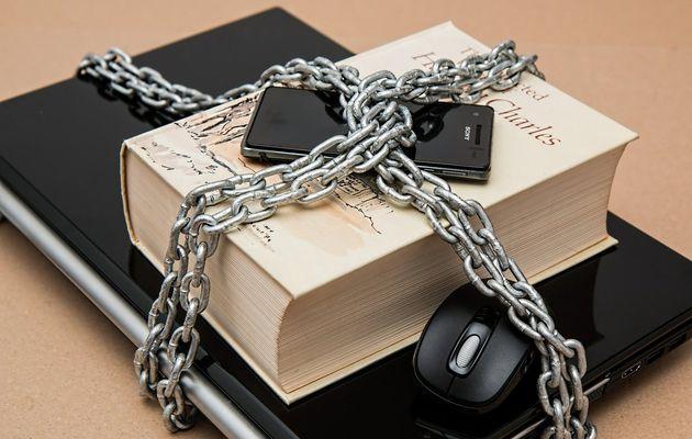 La nueva y más dura 'Ley Mordaza' del Gobierno para controlar internet sin control judicial