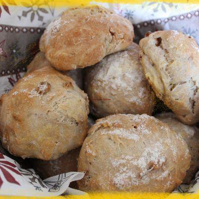 Petits pains sans pétrissage aux noix