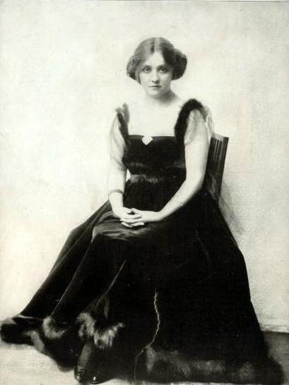 Taylor Laurette