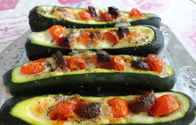 Courgettes, mozzarella, tomates, chorizo